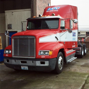 Image of truck for CDL Training
